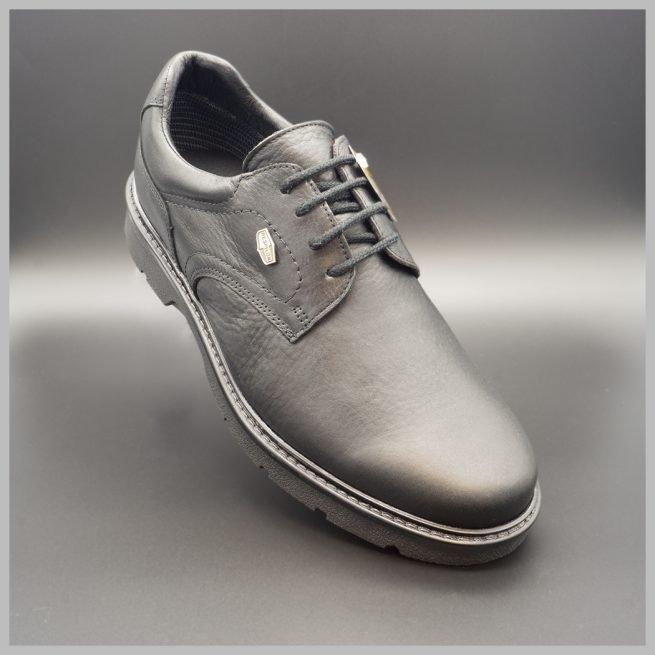 Derby impermeables casual de cuero negro. Zapatos tecnológicos de lujo. BAY Mallorca 2020.